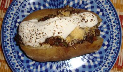 بطاطس بالفطر واللحم المفروم